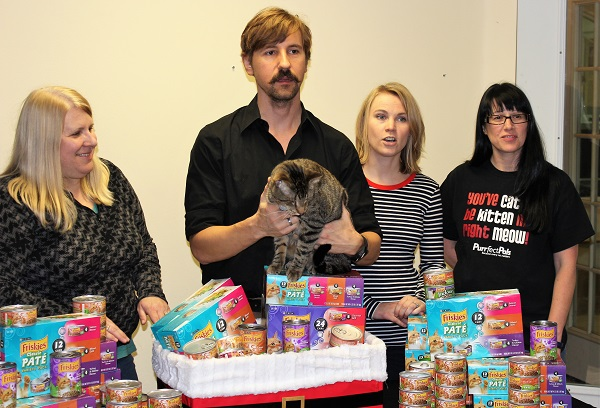 2013 – 100,000 Cans of Friskies!